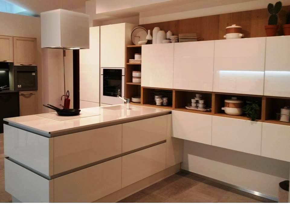 Beautiful Oyster Veneta Cucine Pictures - Amazing House Design ...